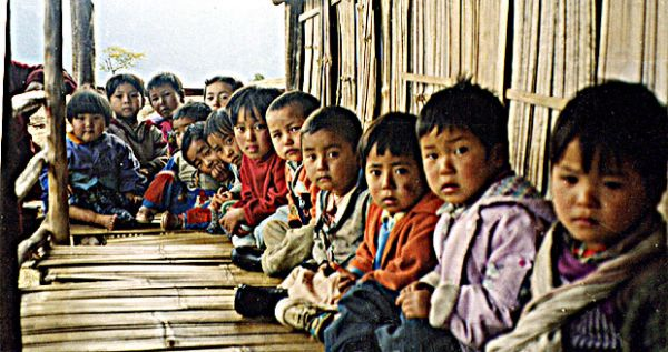 Ngakpa_House_Sikkim_kids